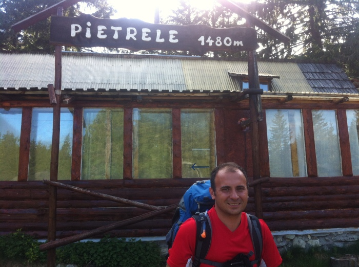 Cabana Pietrele, 1480 metri